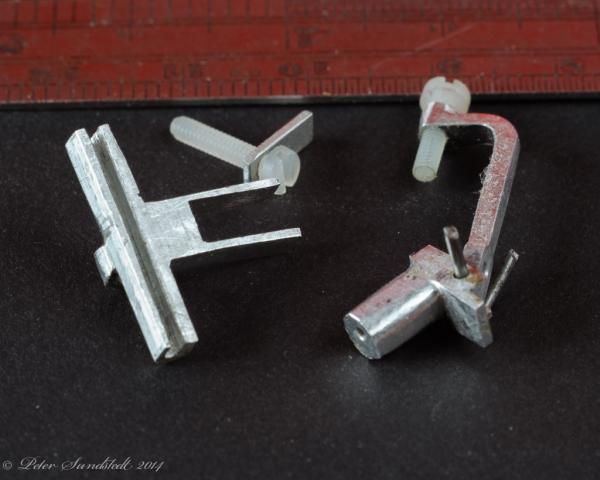 Mounting_hardware