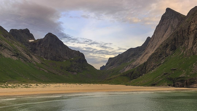 Horseid beach