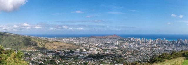 6 Image Panorama of Honolulu