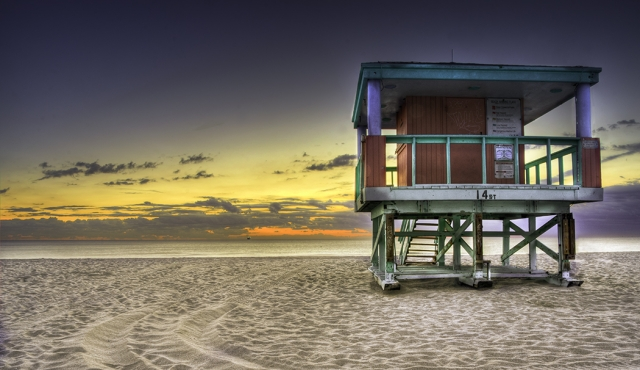 South Beach Life Guard Hut at 6am