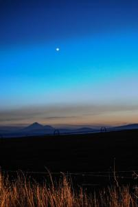 Mount Shasta and Venus.jpg